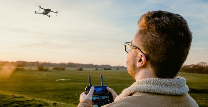 Do Drones Need Wi-Fi to Fly